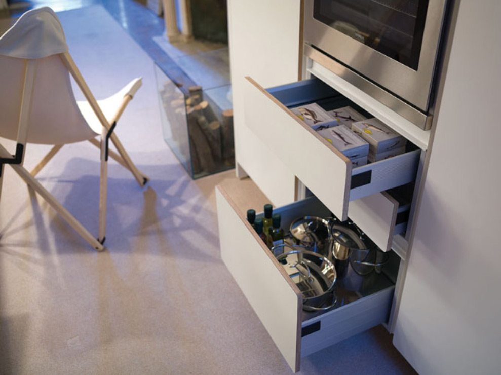 kitchen cabnet and drawers