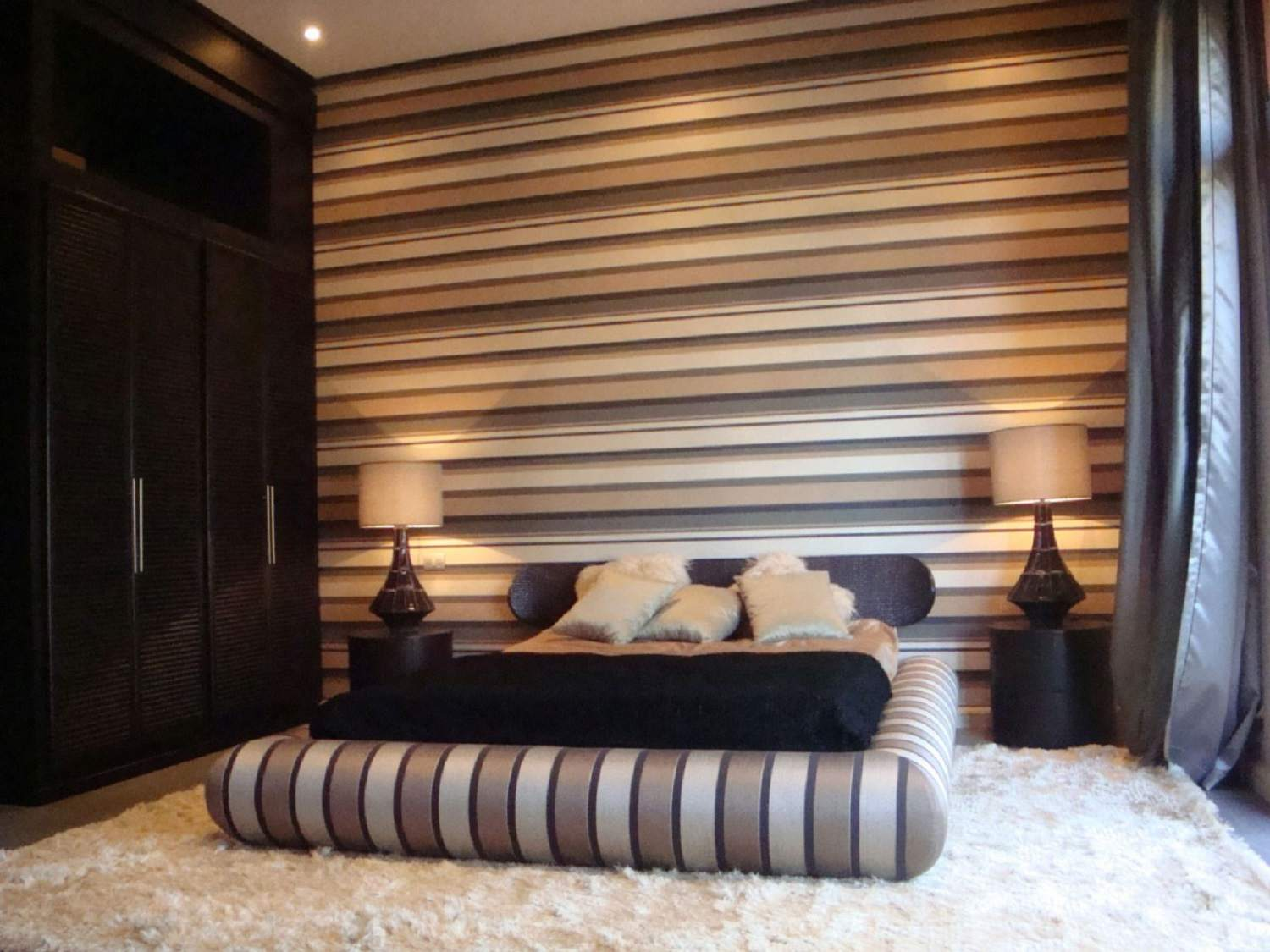 warm brown stripes wallpaper