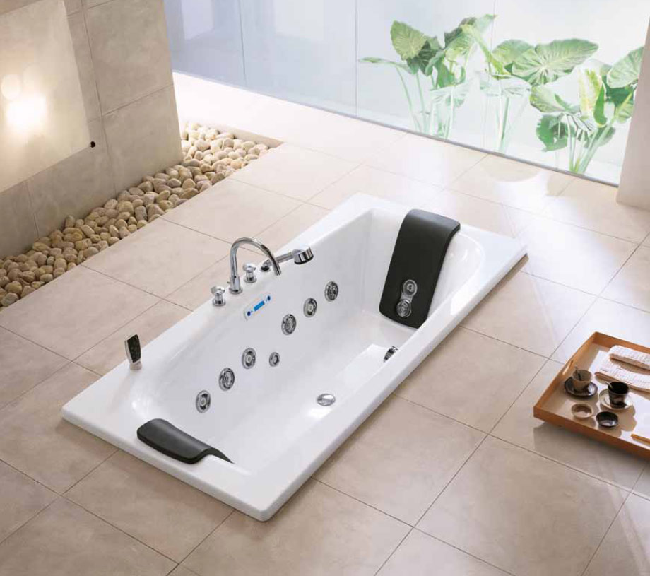 high end bathtub whirlpool