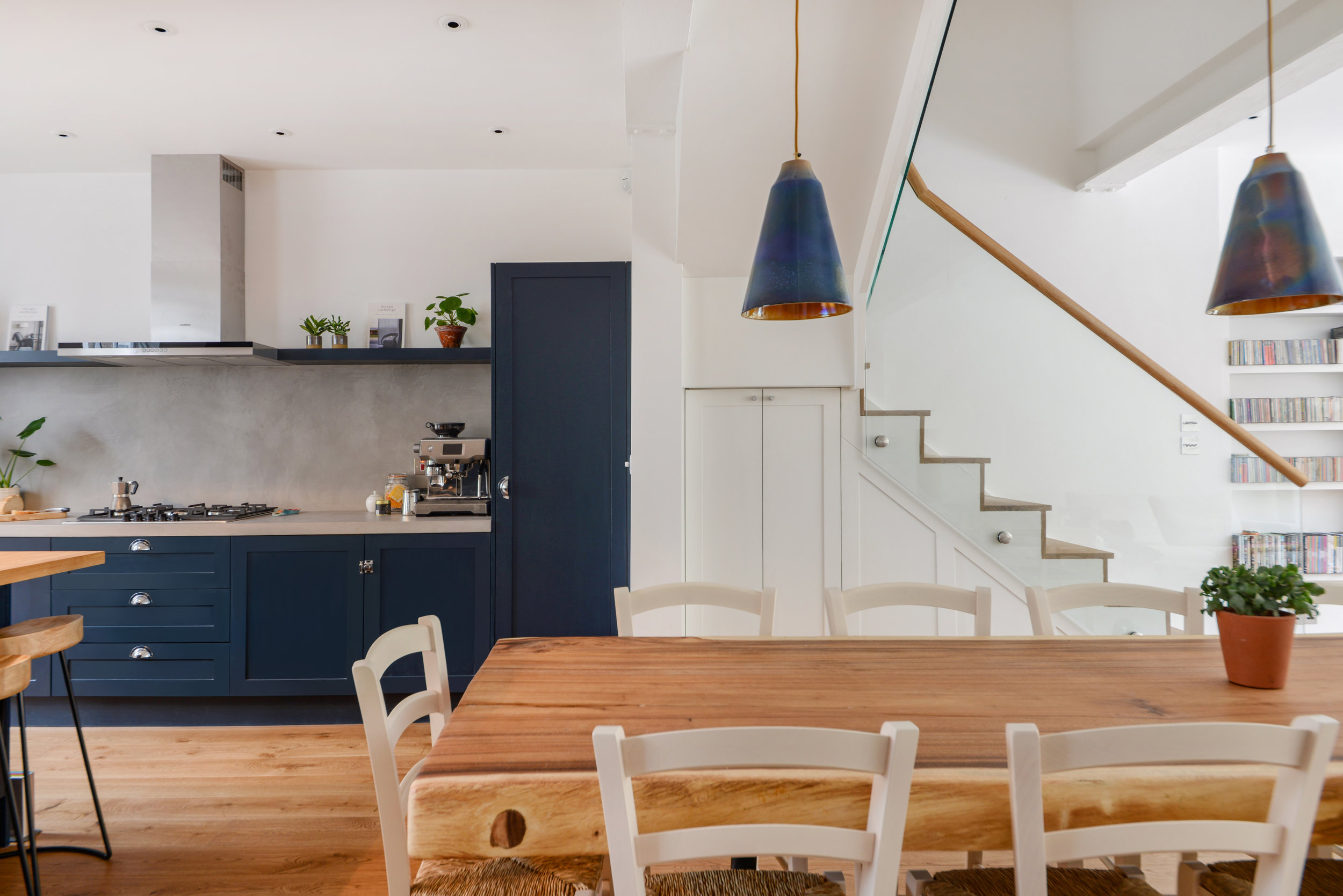navy blue cabinets